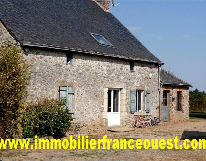 immobilier Sarthe (72):Ancien corps de ferme - Secteur Auvers le Hamon