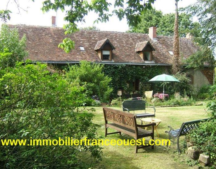 immobilier Sarthe (72):Malicorne sur Sarthe - Longère en campagne. Axe Sablé - Le Mans