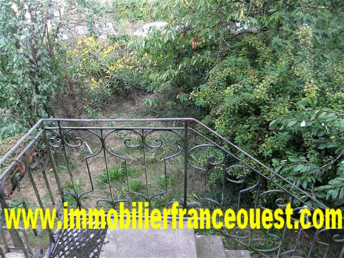Petit jardin clos designs accueil design et mobilier for Jardin clos