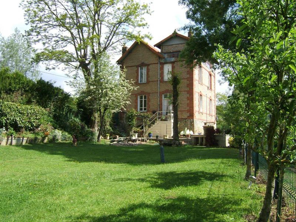Maison belles demeures belles demeures se rinvente en for Asilo masi maison de charme