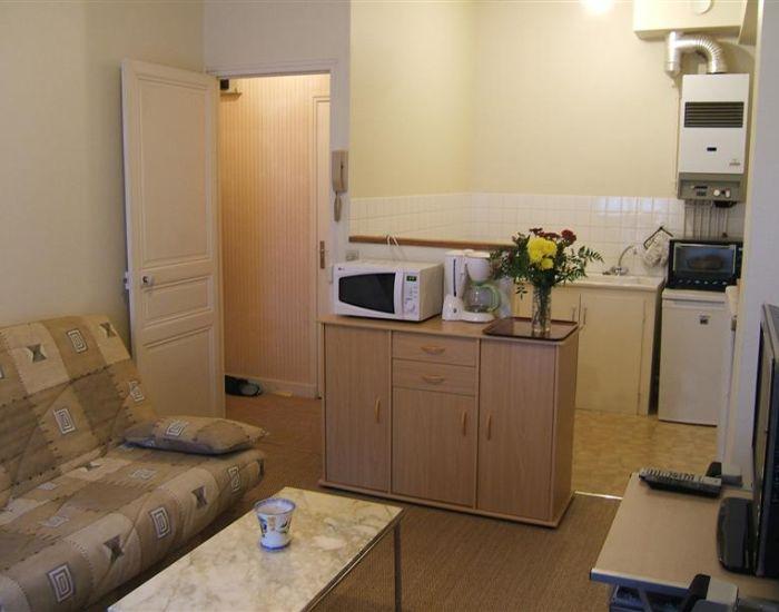 Sable sur sarthe 72300 Appartement meublé en centre ville