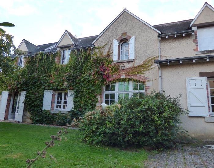 maison de caractere à proximité de Sablé et Abbaye Saint Pierre de Solesmes