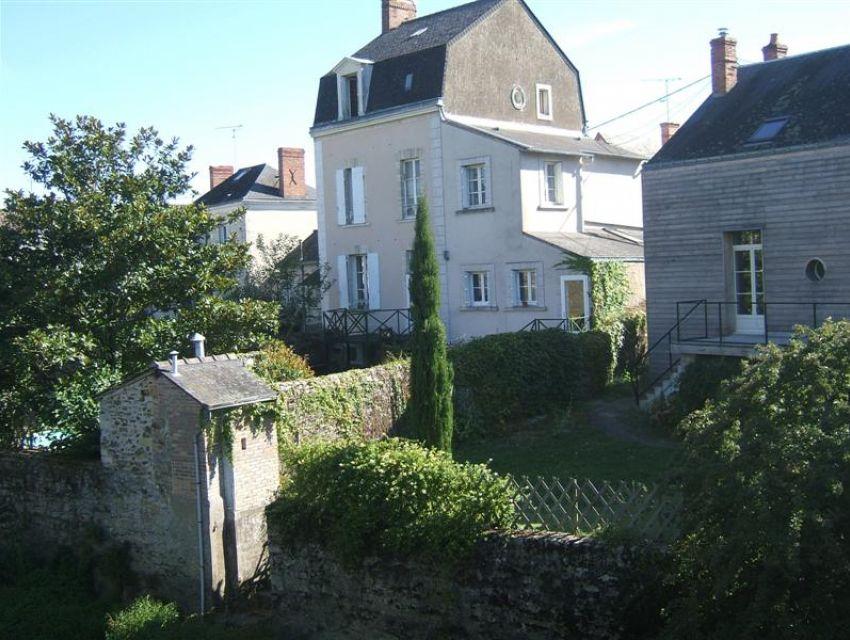 maison de ville - Sablé sur Sarthe - proximité eglise Notre-Dame
