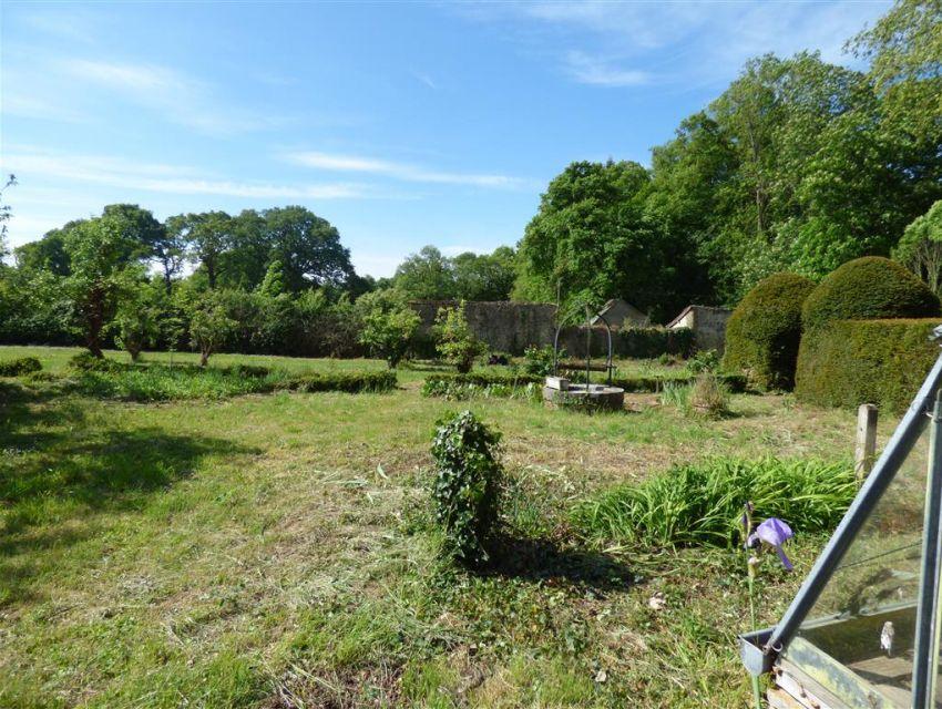 Charmante maison à moins de 20 min de Sablé sur Sarthe jardin