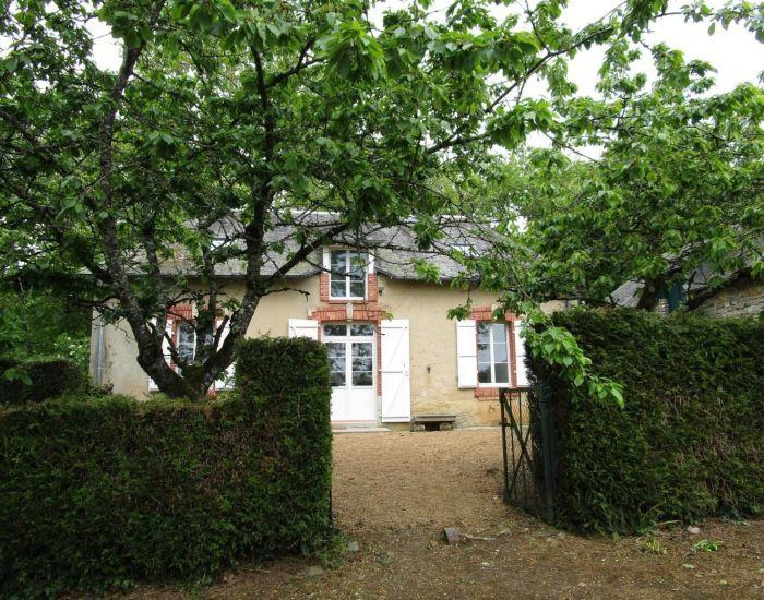 Charmante maison à moins de 20 min de Sablé sur Sarthe maison jardin