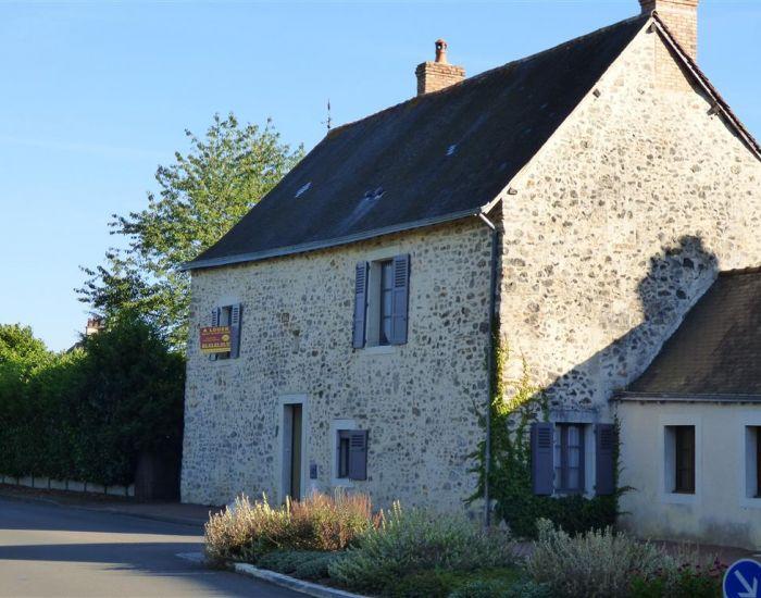 location de maison à Solesmes proche abbaye St Pierre