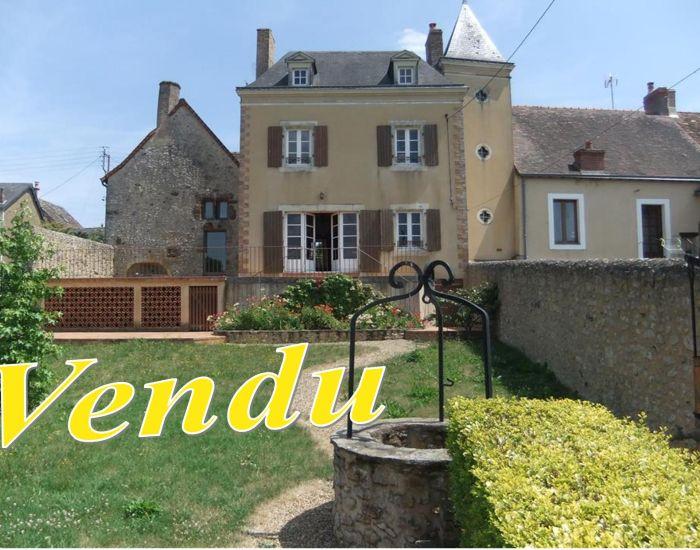 Maison de caractère a Fontenay sur Vegre (Sarthe)