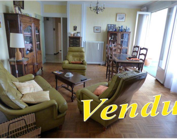 appartement résidentiel Sablé sur Sarthe centre ville 72300 avec balcon et terrasse