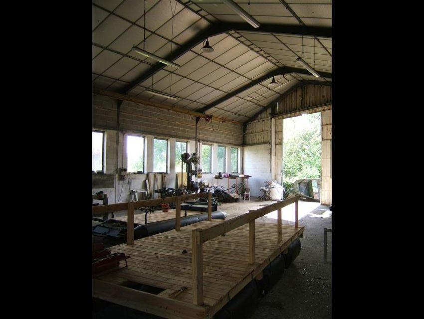 local professionnel ou artisanal à Avoise 72300 - 10 minutes Sablé/Sarthe
