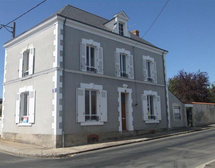 Location maison Noyen Sur Sarthe, 3 chambres, garage, jardin