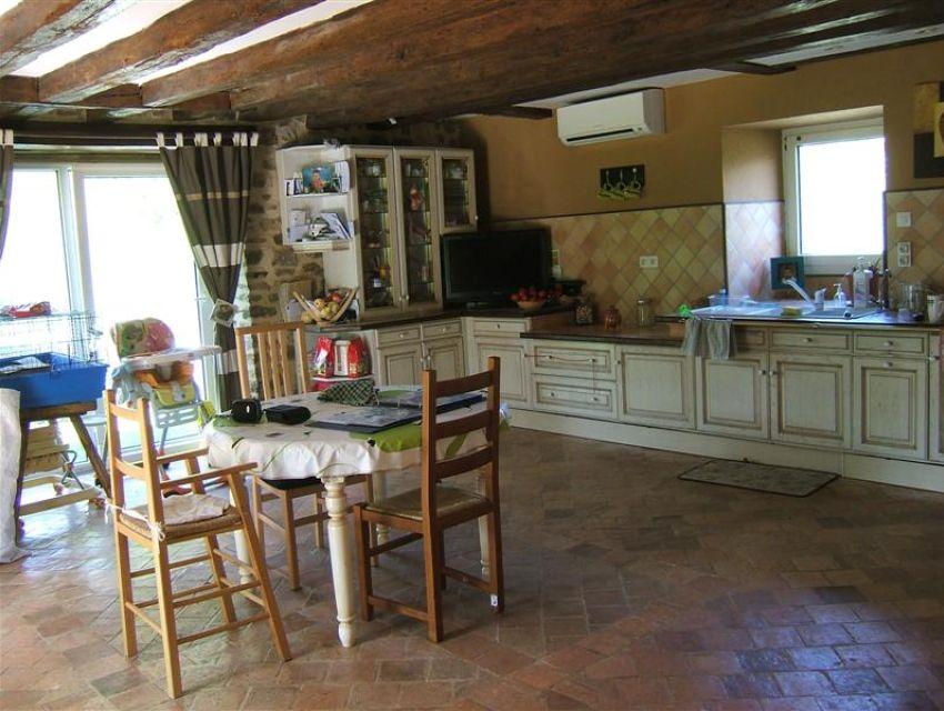 Fermette restaur e secteur sabl sur sarthe 72300 for Achat cuisine amenagee