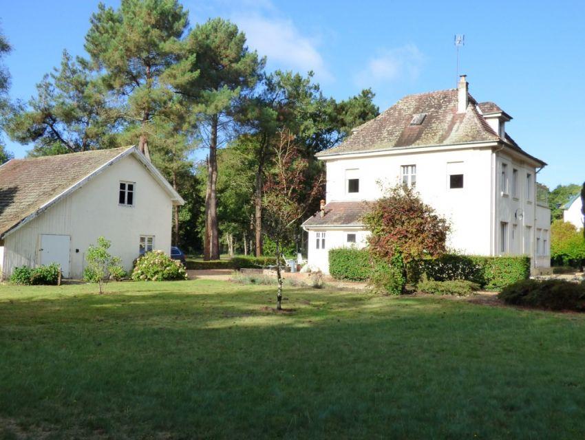 maison de charme avec parc à proximite de l'axe sable sur sarthe - la fleche - Sarthe