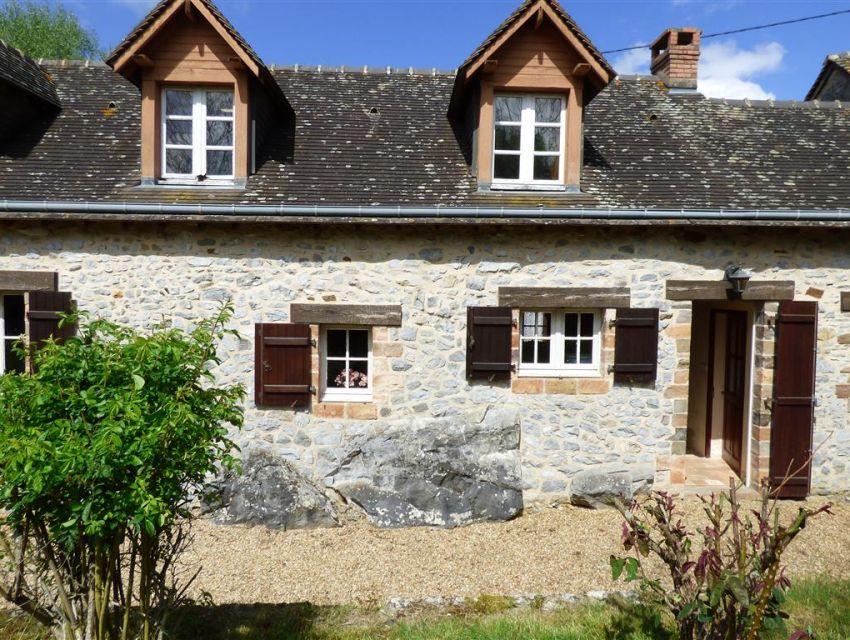 maison de charme construite sur le rocher proche de Sablé sur Sarthe