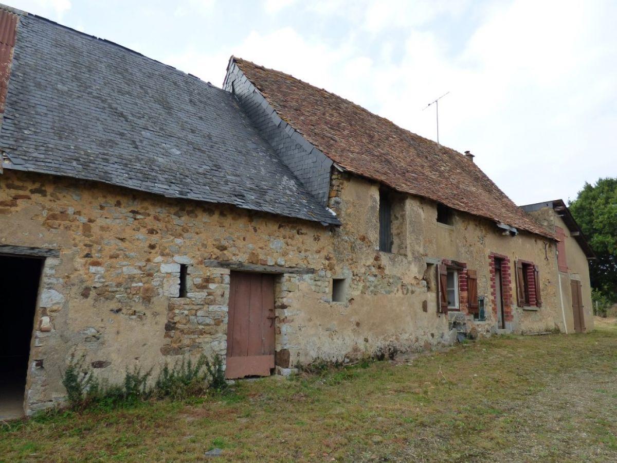 Fermette restaurer r gion sabl sur sarthe 72300 for Achat maison belgique