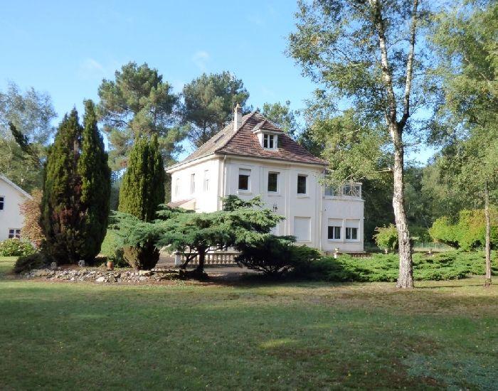 maison de maître proche hopital Sablé - pole sante sarthe et loir - axe sable la fleche