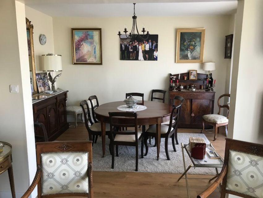 appartement de standing à Sablé sur sarthe avec deux pièces de réception