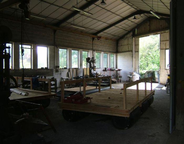 atelier - local artisanal ou professionnel - 10 minutes Sablé 72300 Avoise