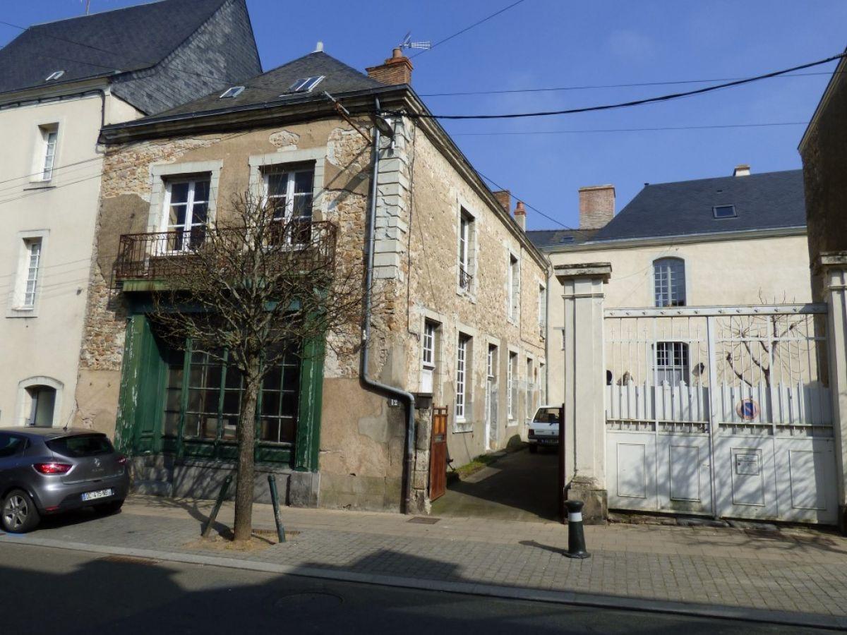 Maison restaurer maison restaurer voulx with maison for Achat maison a restaurer