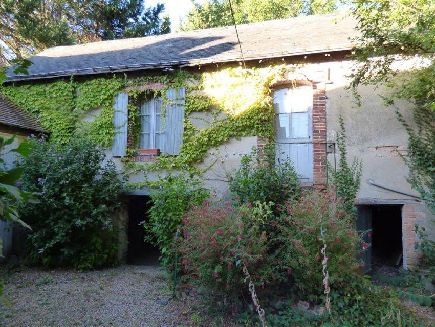 Grande maison avec jardin et garage sabl sur sarthe centre ville maisons pavillons - Garage de la vallee pouzauges ...