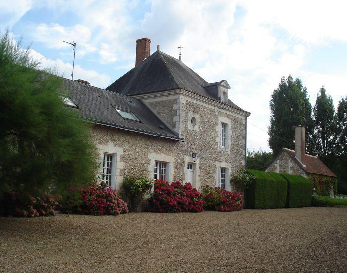Demeure de caractere en Anjou - Propriété campagnarde - région la Flèche - encadrements en pierre de tuffeau.
