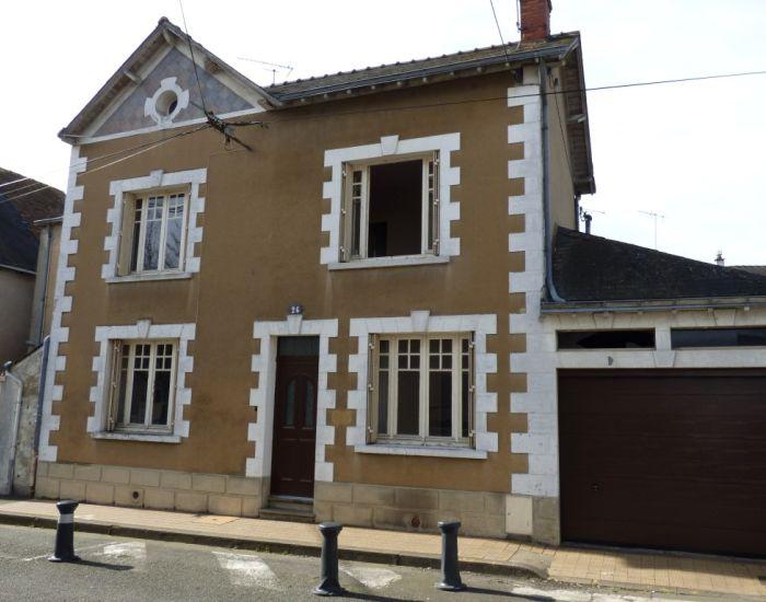maison à proximité de la gare SNCF TGV de Sablé sur Sarthe