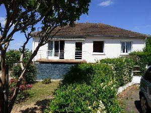 Sable sur Sarthe (72300) Pavillon sur sous-sol - 3 chambres - proche commerces. à vendre