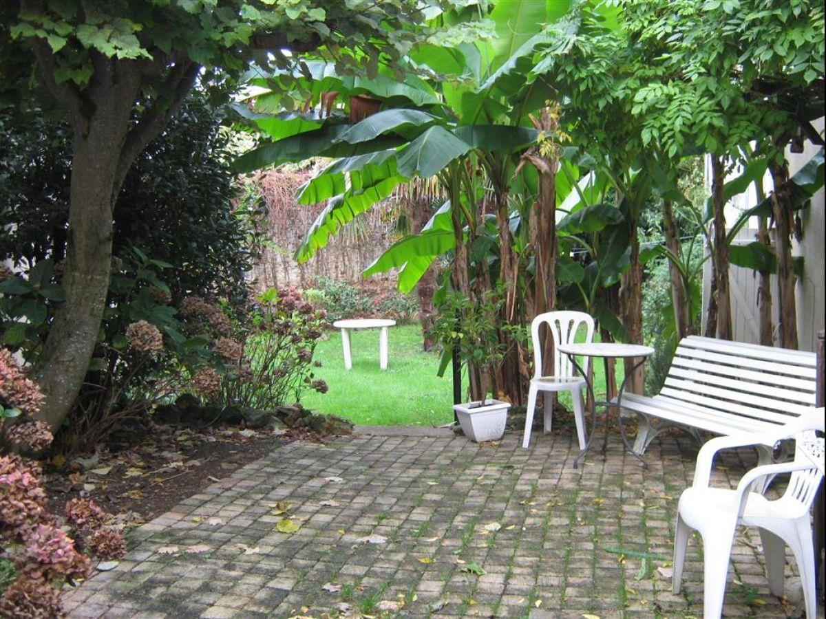 Maison de ville jardin maison moderne for Jardin maison