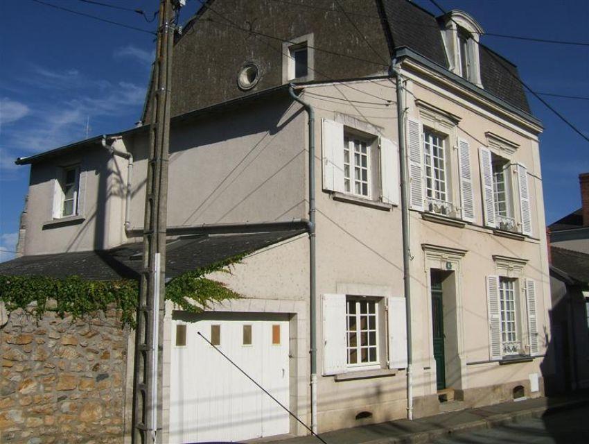 maison en centre ville à Sablé sur Sarthe (72300)