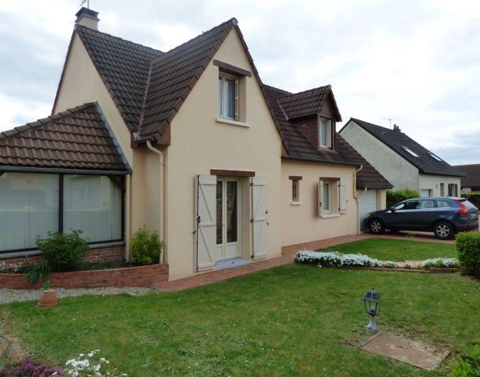 Secteur Sablé Sur Sarthe (72300), maison récente, 3 chambres