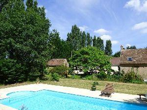 propriété de caractere - Région Sablé sur Sarthe 72300 - piscine chauffée dans le parc. à vendre