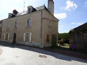 maison de caractère à Sablé sur Sarthe avec terrain en bord de rivière