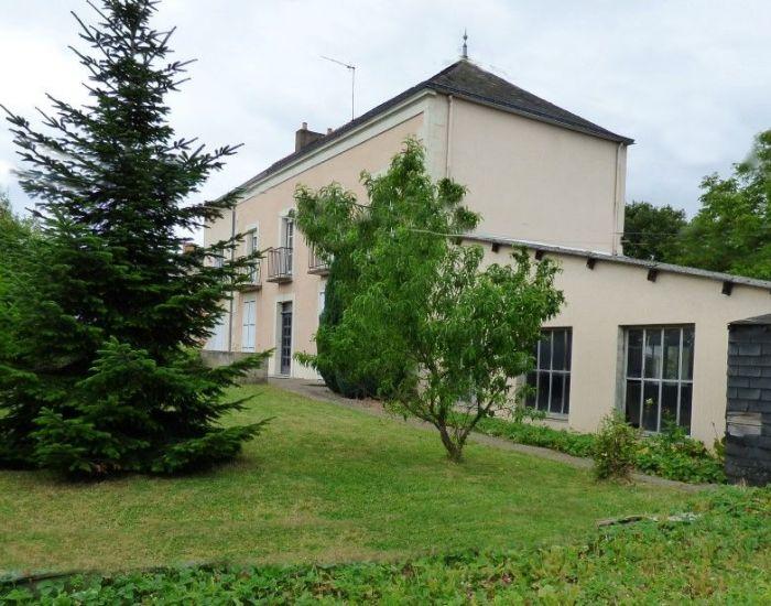 immobilier Sarthe (72):Maison de ville à Sablé sur Sarthe (72)