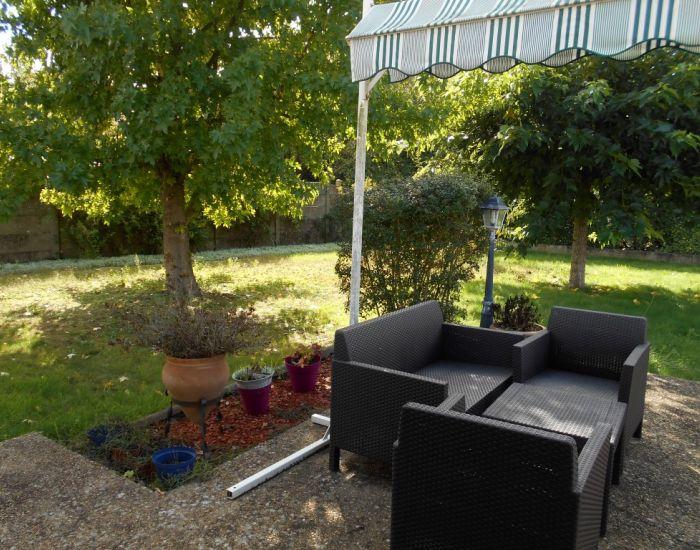 Maison à vendre Malicorne sur Sarthe avec jardin et garage. 2 logements