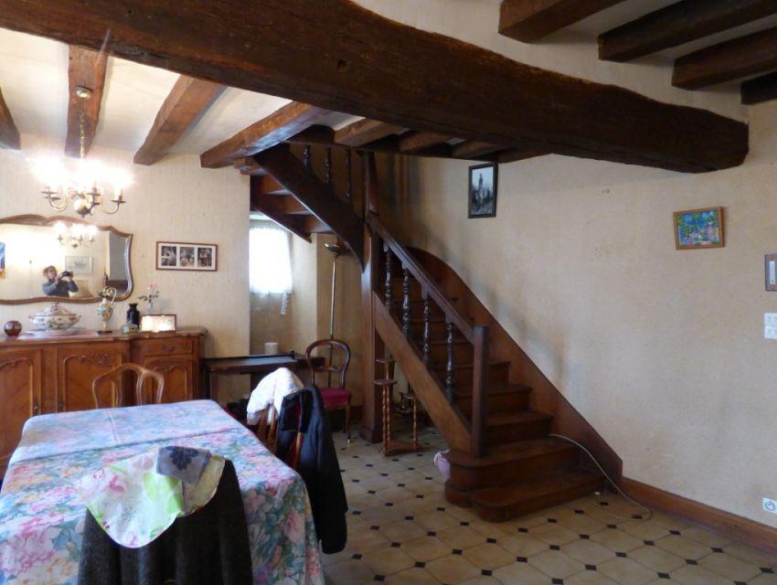 Maison de caractère, 4 chambres dont 1 en plain-pied, séjour avec cheminée