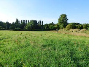 Solesmes, 6 minutes centre ville Sablé-sur-Sarthe, terrain à bâtir, hors lotissement à vendre