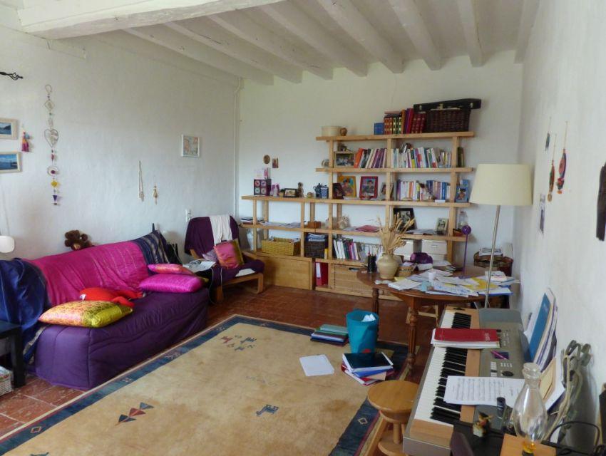 ferme avec plusieurs hectares en sarthe axe le mans sabl sur sarthe belles demeures. Black Bedroom Furniture Sets. Home Design Ideas