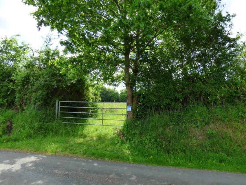 Terrain constructible à quelques minutes de Sablé Sur Sarthe - Secteur Précigné