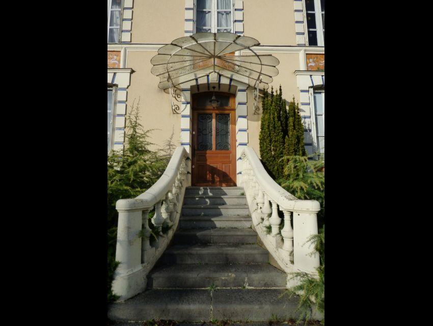 Propriété familiale - maison bourgeoise - 20 minutes Sablé sur Sarthe 72300