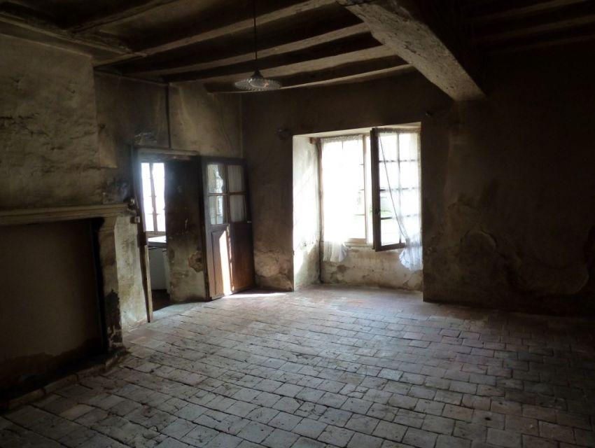 Maison en pierre à restaurer