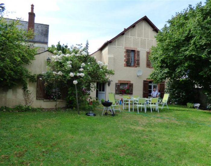 immobilier Sarthe (72):Asnières sur Vegre - Village médiéval classé