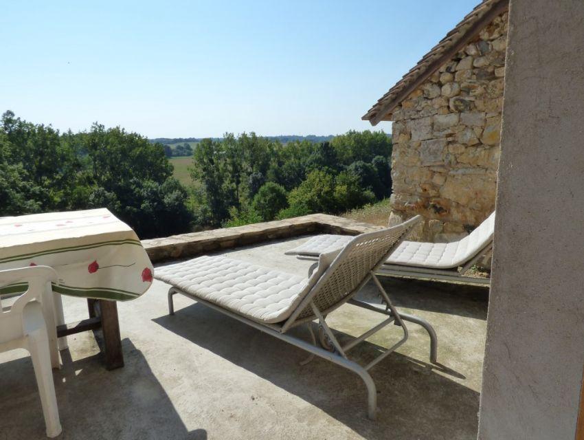 Maison de carctere -  vue dominante - terrain bord de rivière - région Sablé sur Sarthe
