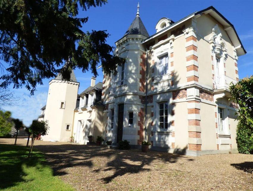 Propriété - Sablé sur Sarthe - Maison de charme et de caractère